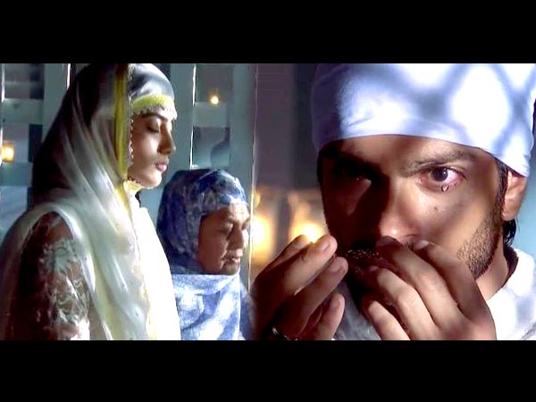 Asad Finds Zoya In The Dargah