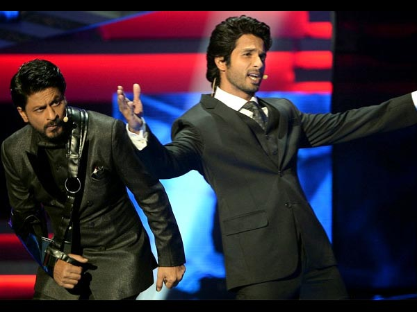 Shahrukh And Shahid Hosted IIFA 2013