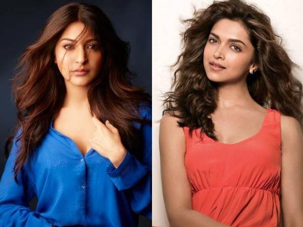 Deepika-Anushka kiss and makeup at SRK's party - Filmibeat
