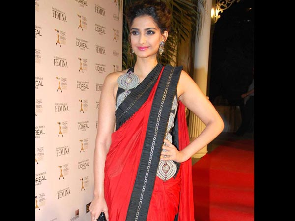 Pictures: Which Bollywood Actress Looks The Hottest In Red