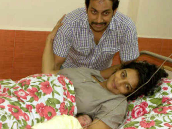 Shweta Menon And Family