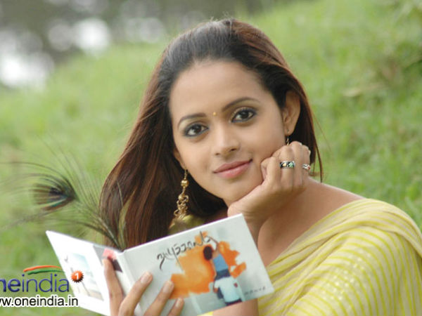 Tamil Actress Bhavana Photos: Popular Malayalam Actresses In Kannada Films