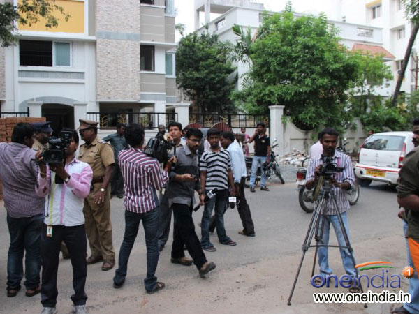 Media Persons In Kanaka Residence