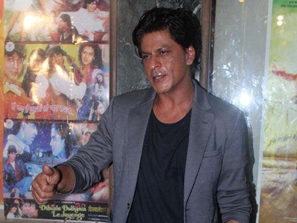 SRK Looks Tired