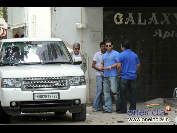 Salman At Alvira's Home