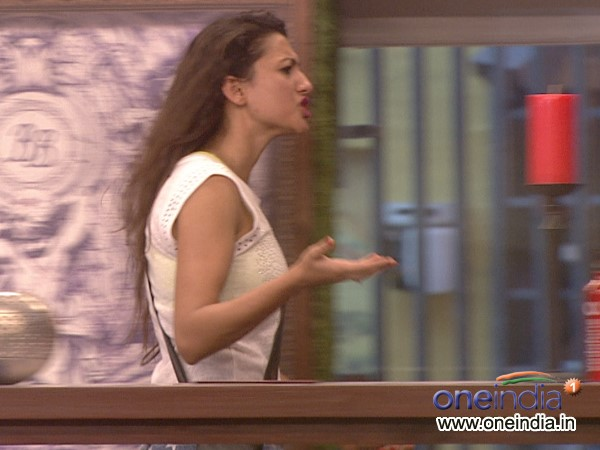Gauhar Deliberately Over-Reacting?