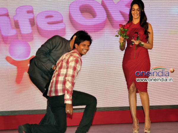Mallika Sherawat Kisses Suitor On Her Show
