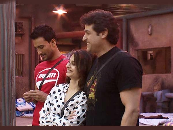 Tanisha-Armaan Bond On Bigg Boss 7