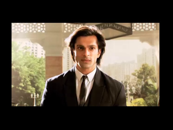 Asad Comes To Rescue Zoya?