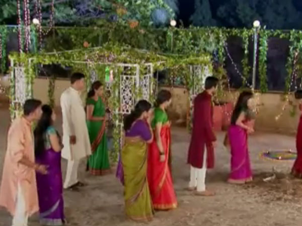 Anjali Scolds Astha