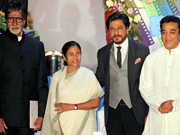 SRK Addresses CM As Didi...