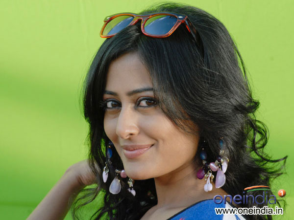 Nidhi Subbaiah To Play TV Anchor Role