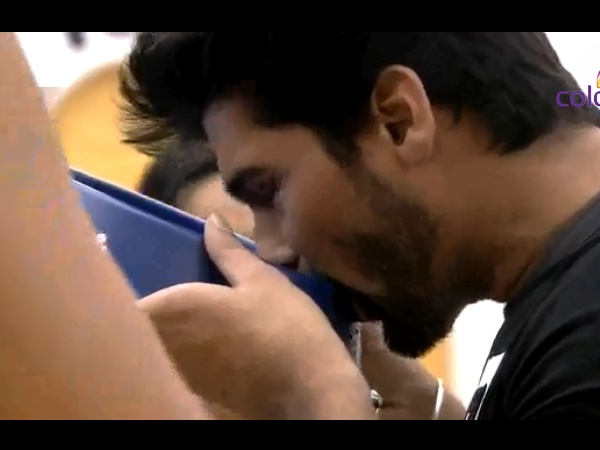Kushal Drinks Dog's Water, Armaan Cries On BB 7!