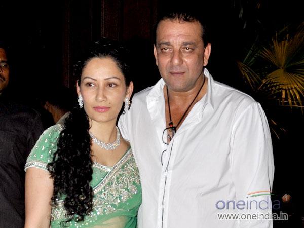 Sanjay Dutt | Bail | Controversy Wife Manyata Unwell ...