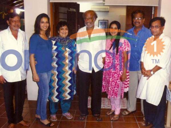 Rajinikanth With His Family, Friends