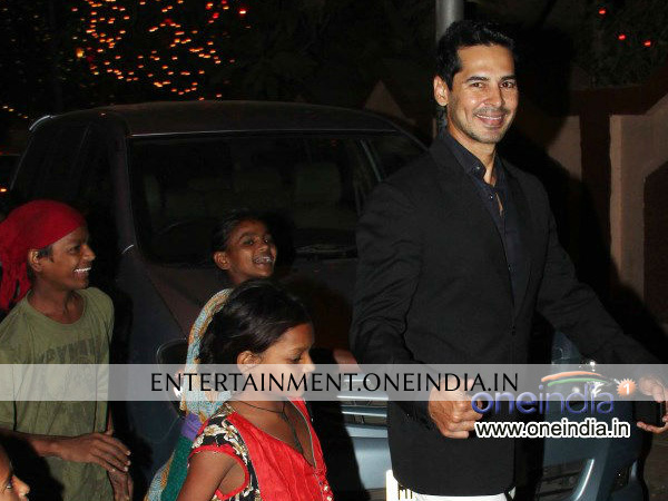 Dino Morea Celebrating Christmas