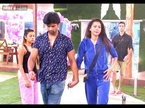 Gauhar Kushal Stand For Each Other.