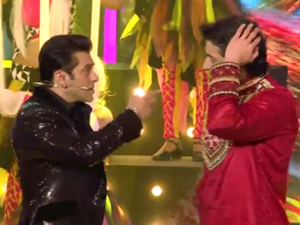 Salman Khan With Armaan Kholi During Grand Finale Shooting