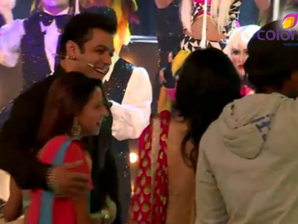 Salman Khan With Pratyusha During BB 7 Finale