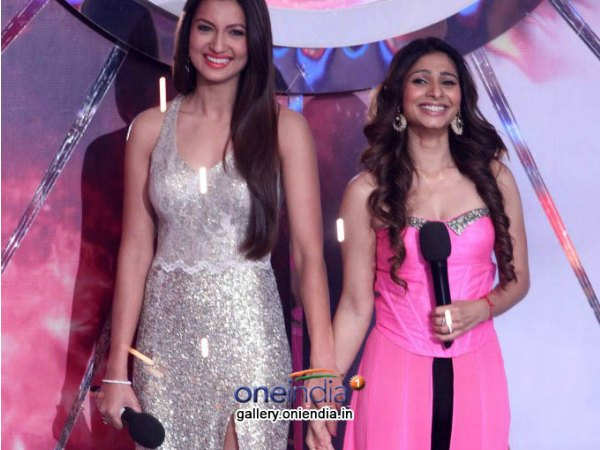 Gauhar And Tanisha Enter Stage Together