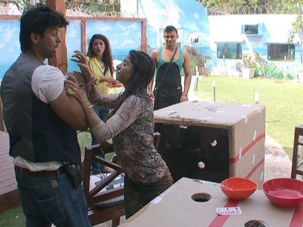 Kushal Tanisha Fight