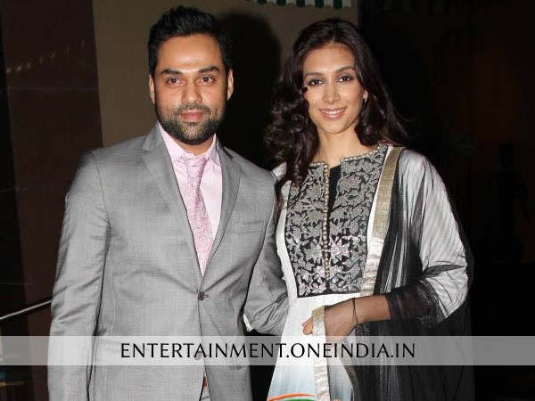 Abhay Deol With Girlfriend Preeti Desai