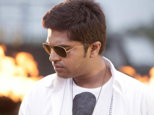 Simbu Croons A New Year song for Mahabalipuram