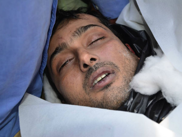 Actor Uday Kiran Death   Suicide Cause   Fans Mourn Death ...Uday Kiran Death