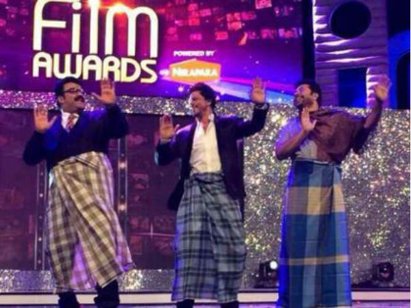 Shahrukh Khan With Mohanlal, Mammootty At Dubai, Lungi Dance