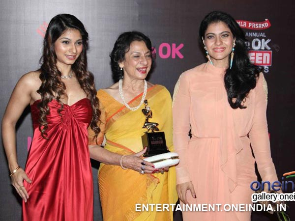 Kajol With Mother Tanuja And Sister Tanisha At The 20th Screen Awards