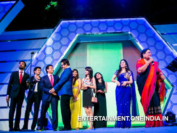 Venkatesh And Others On Stage During CCL 2014