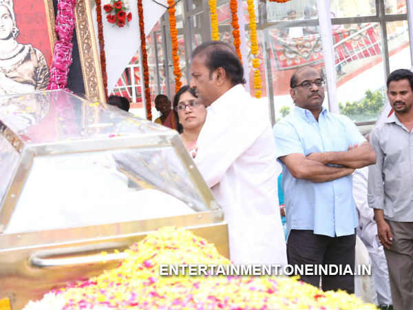 Mohan Babu Pays Last Respect To ANR