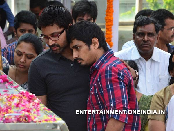 Siddharth Pay Last Respect To ANR