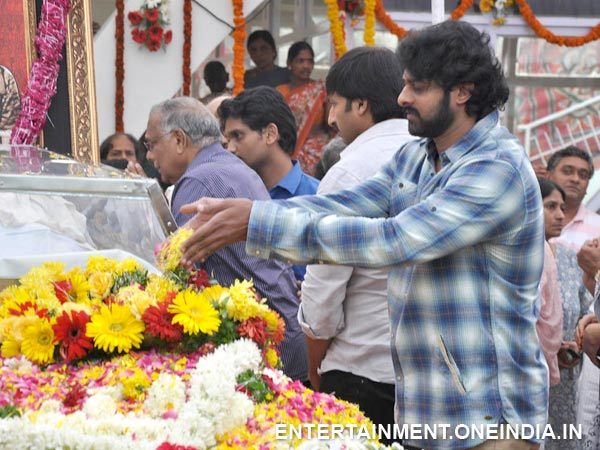 Prabhas Pays Last Respect To ANR