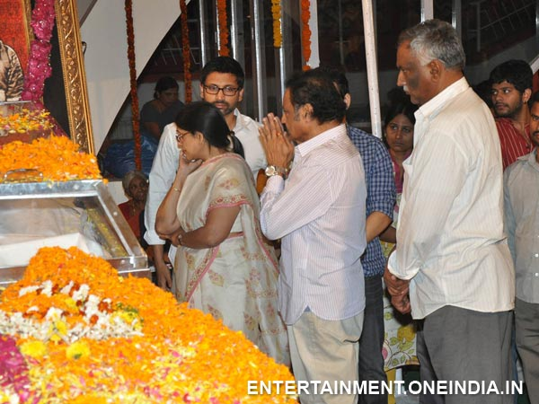 Harikrishna, Tammareddy Pay Last Respect To ANR