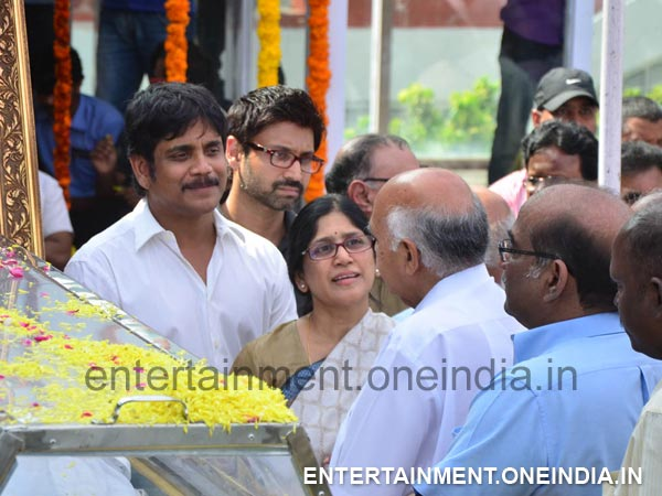 Ramoji Rao Pays Last Respect To ANR