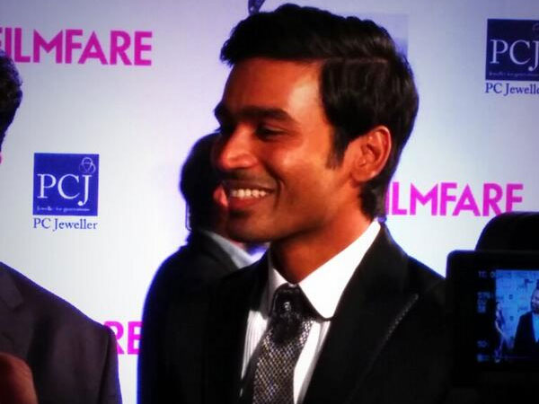 Dhanush At Filmfare Awards 2014