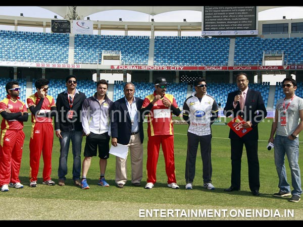 Telugu Warriors And Mumbai Heroes Captains With Umpires