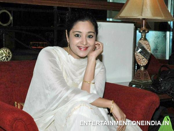 Charmila Actress Charmila Files Complaint Against Her Husband Filmibeat