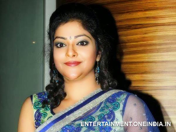 Actress Abhirami Returns Back To Mollywood Filmibeat