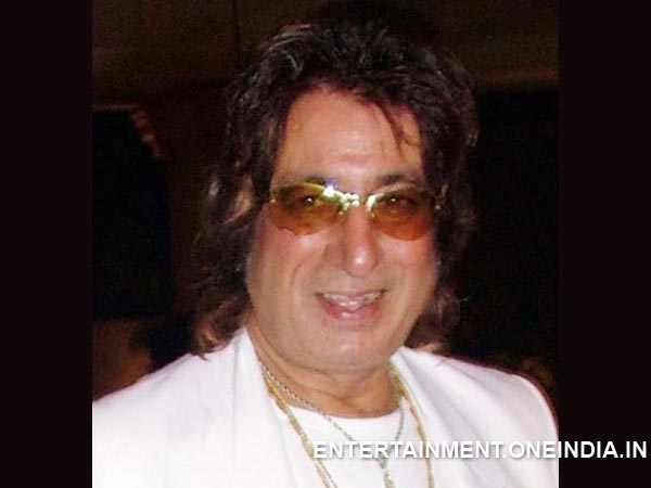 Is This Shakti Kapoor's Trick?