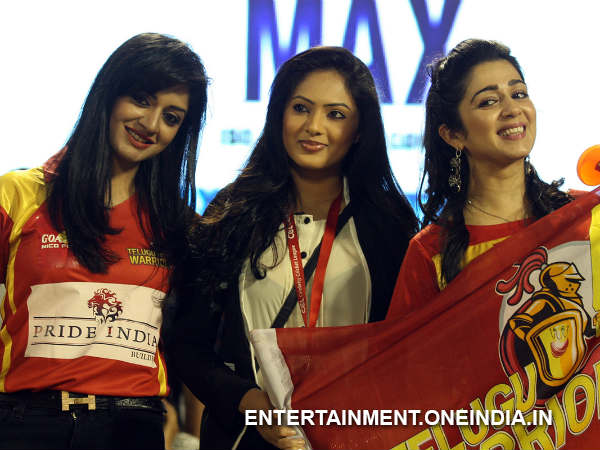 Glamourous Babes At Telugu Warriors Match