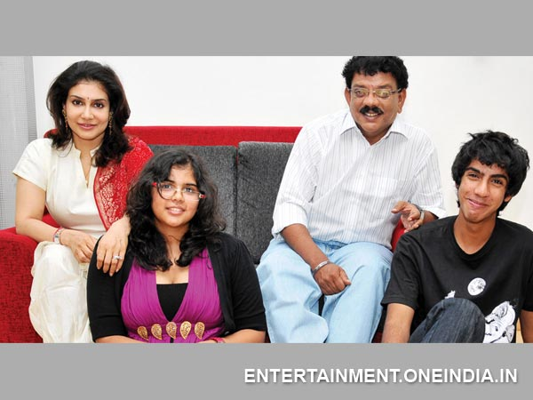 Priyadarshan-Lissy With Children