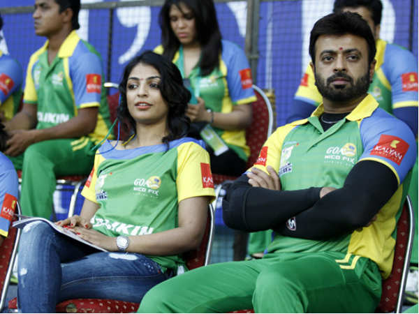 Initial Shock For Kerala Strikers Too
