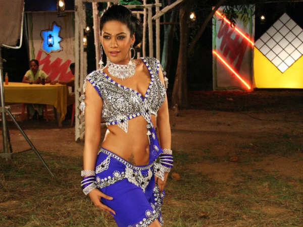 Tamil Item Songs Of Mumaith