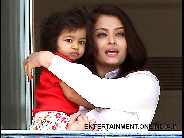 Aishwarya With Aaradhya At Cannes