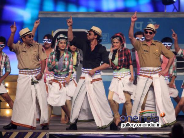 Shahrukh Khan Lungi Dance Kochadaiiyaan Audio Release
