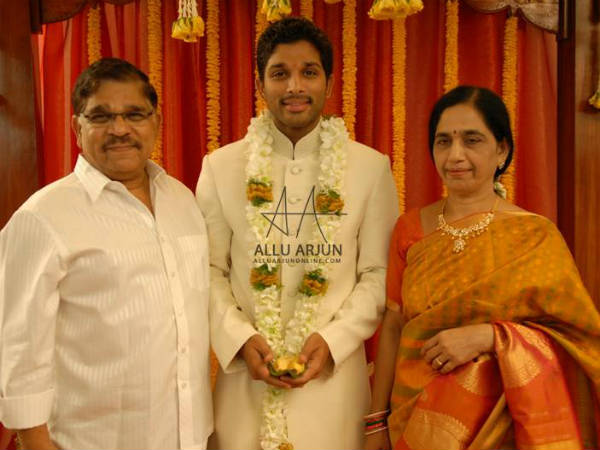 Allu Arjun With His Parents