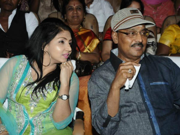 Photo: K Bhagyaraj Spotted At Soulmates Awards