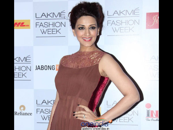 Photo: Sonali Bendre Spotted At Lakme Fashion Week 2014